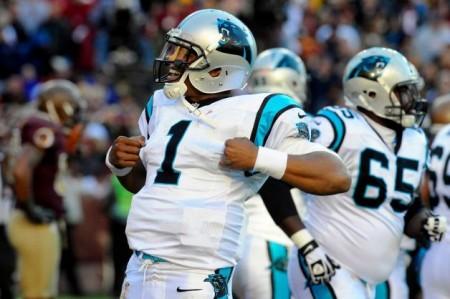 Cam Newton celebra o seu touchdown