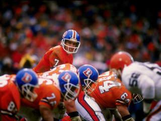 John Elway lidera os Denver Broncos para uma vitória histórica frente aos Cleveland Browns