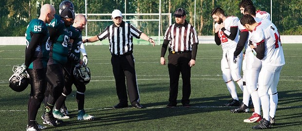Coin Toss no jogo entre Porto Mutts e Braga Warriors