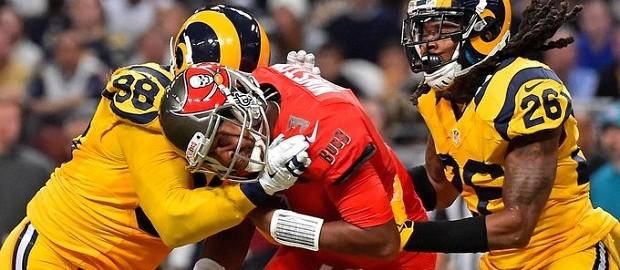 Tampa Bay Buccaneers vs St. Louis Rams