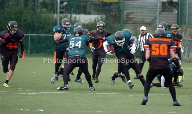 """Joao """"Train"""" Marques contou com três touchdowns no jogo de domingo"""