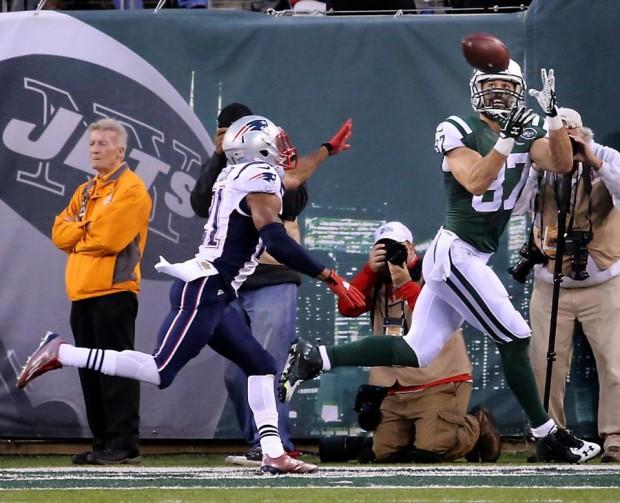 Decker recebe o TD da vitória frente aos Patriots